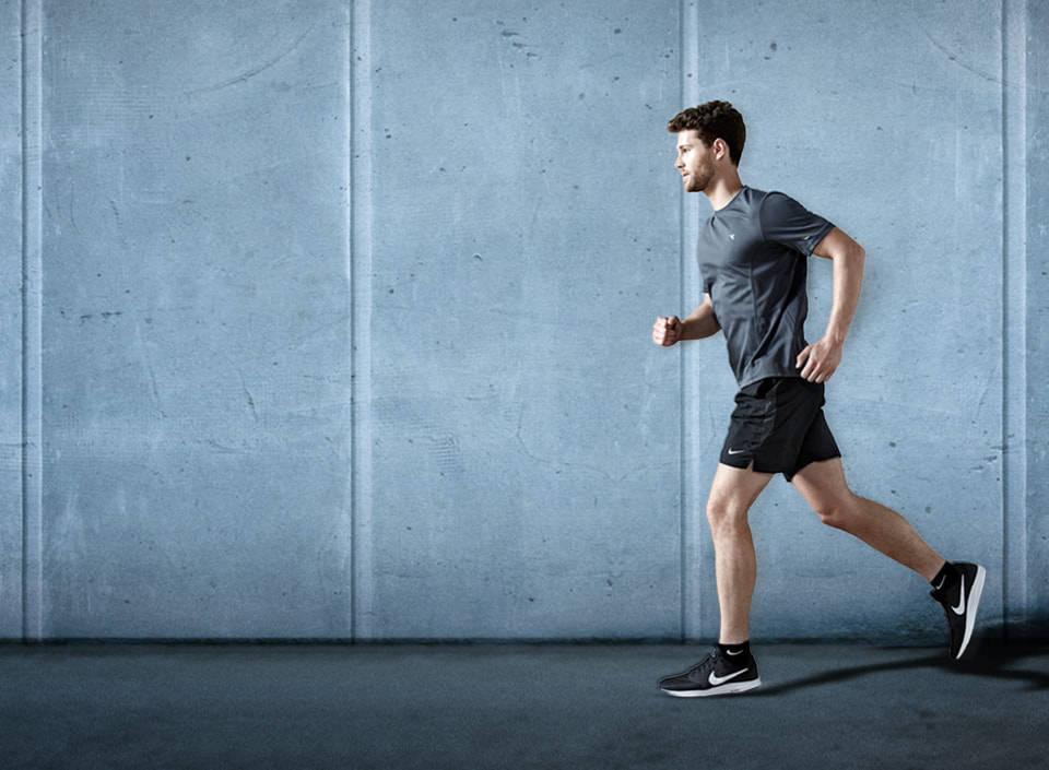 Investigadors de la URV avaluen per primer cop els riscos per a la salut derivats de vestir algunes peces de roba