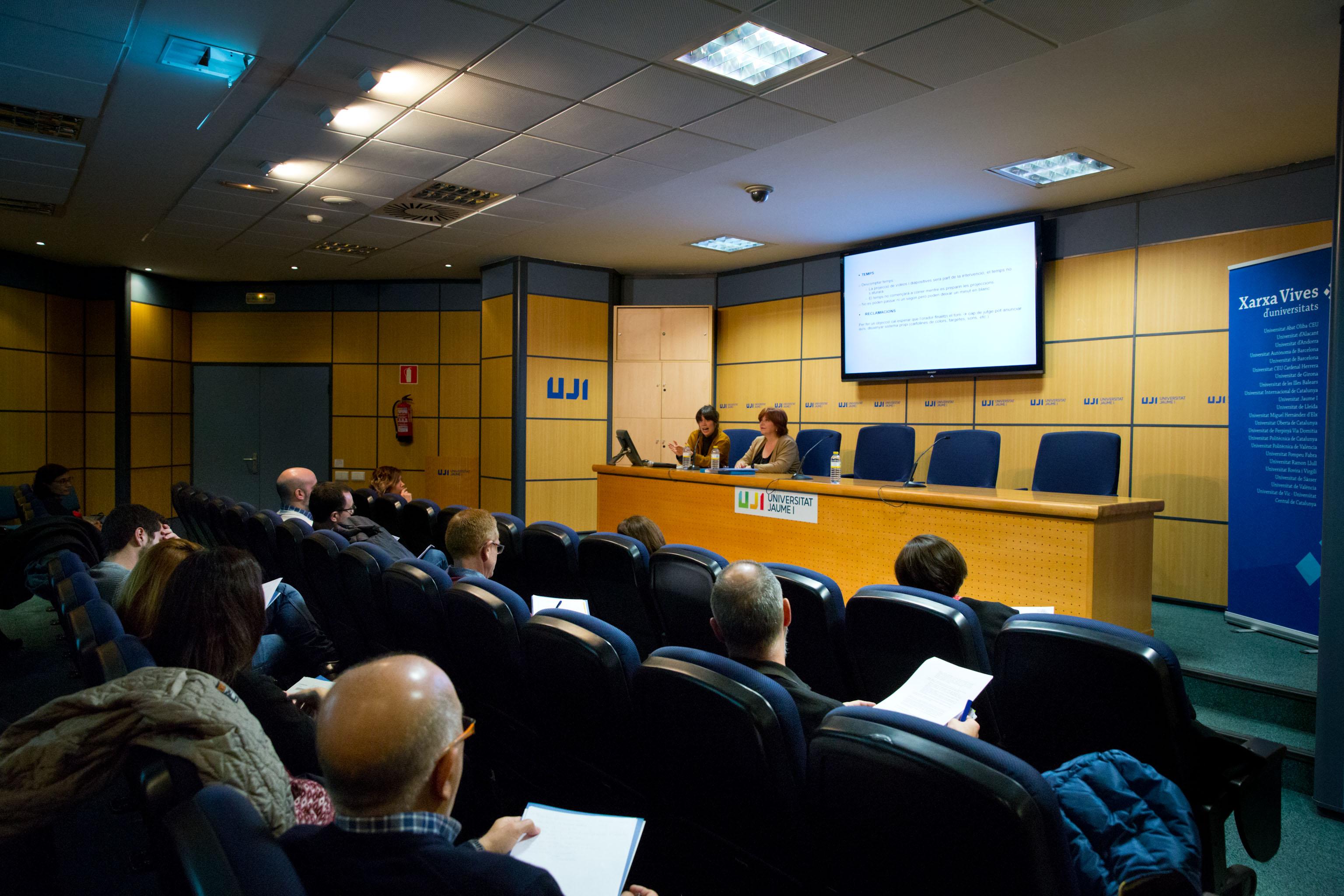 La Xarxa Vives organitza la primera sessió de formació de caps de jutges de les fases locals de la Lliga de Debat de Secundària i Batxillerat