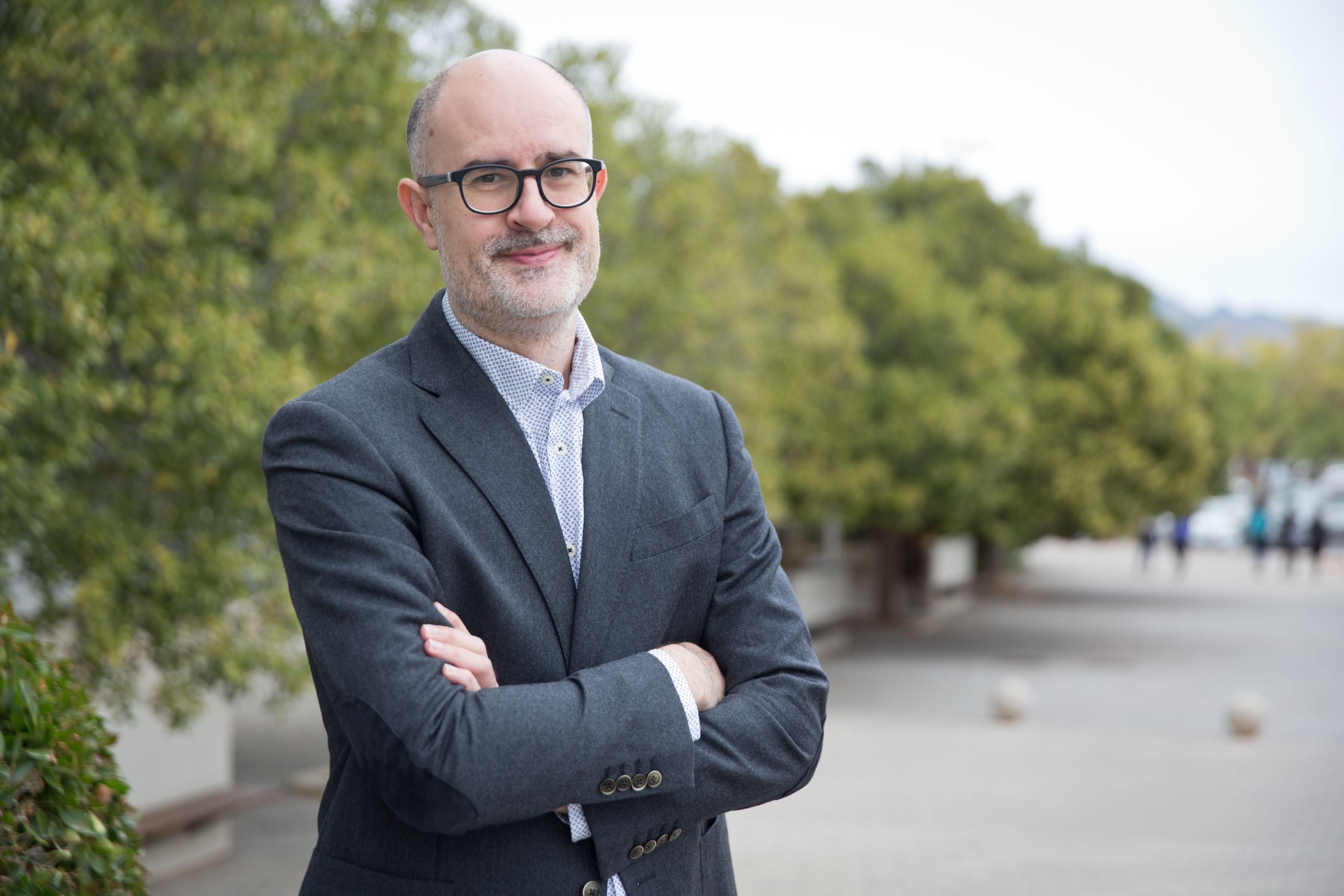 Andreu Casero, professor de l'UJI, guanya la 2a edició del premi de recerca en nous models de negoci per a empreses de periodisme de proximitat