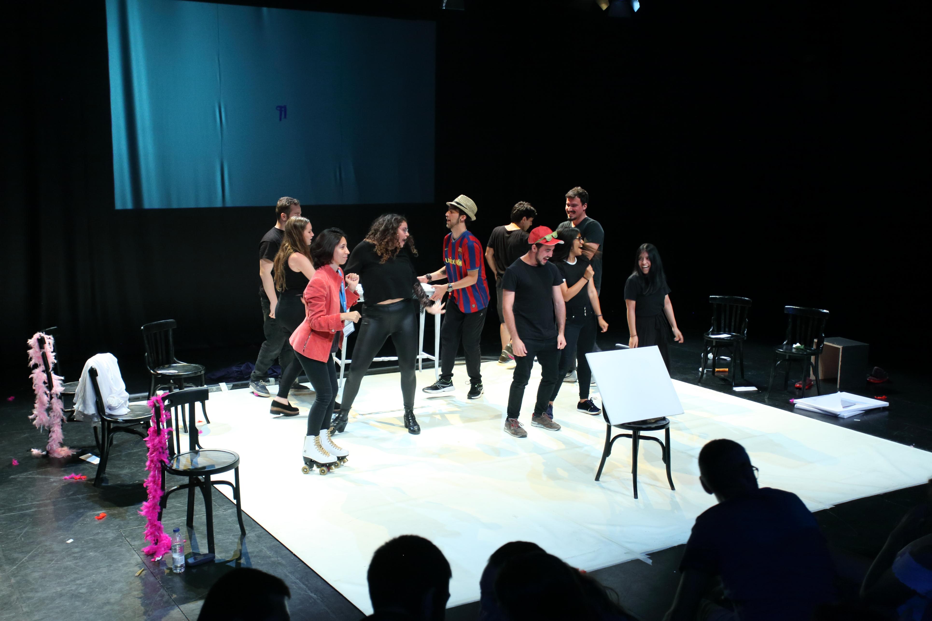 Quin Quadre! Grup de teatre UIC Barcelona